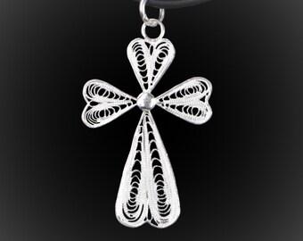 Embroidery of silver Filigree Cross pendant