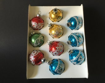 Vintage Holly Glass Glitter Ornaments Set Of 15