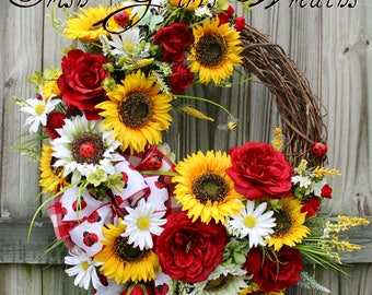 Summer Wreath, Sunflower Wreath, Rose Ladybug Wreath,  Mothers Day Wreath, rustic floral, Country Decor, Garden floral, Farmhouse decor