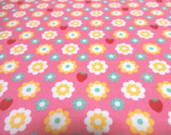 Japanese Fabric YUWA Small Flower Strawberry Pink Fat Quarter