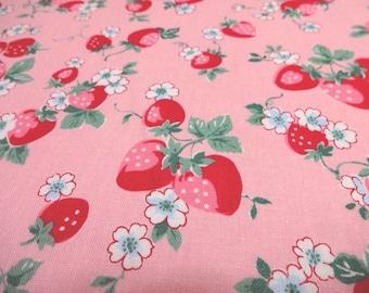 Japanese Fabric YUWA Strawberry Flowerl Pink Fat Quarter