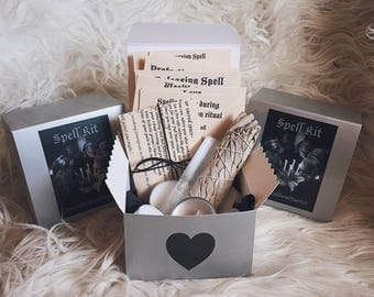 Full Moon Ritual Box with everything you need plus 7 extra spells!