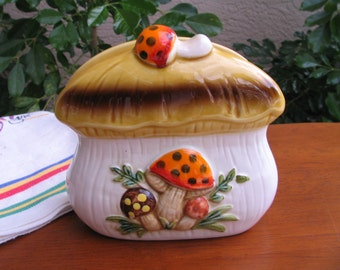 Vintage MERRY MUSHROOM Sears, Roebuck and Co. Napkin/Letter Holder - 1978 - Made in Japan - Kitschy Kitchen - Country Chic
