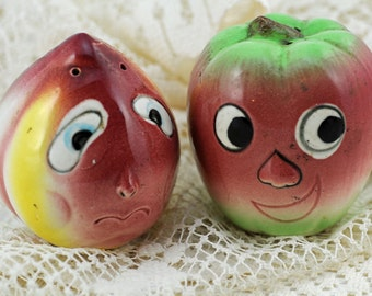 Salt & Pepper Collectible Anthropomorphic Fruit Salt and Pepper 1940s (#AB)
