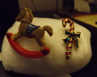 Vintage 4 Avon Christmas Pins (see pics)