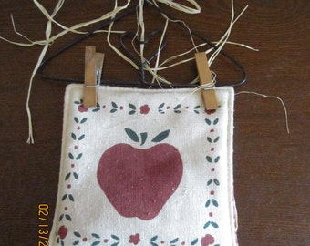 Stenciled Apple Wall Hanging