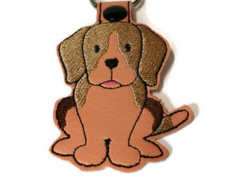 Beagle Dog Key Fob, Beagle Key Chain, Beagle gift, dog mom gift, dog dad gift, stocking stuffer, embroidered key fob