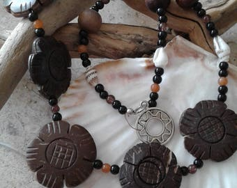 Carved Wood Flower and Shell Necklace
