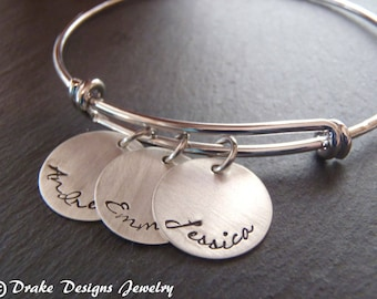 Mother's day gift mom bracelet with kids names . Mother's day Gift for mom bracelet