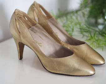 Vintage 80s Carvela heels gold pumps leather court shoes glam size UK 4- 4.5 hen night