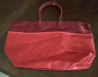 Personalized large overnight tote in red