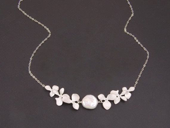 Silver Wedding Gifts For Friends : Silver Pearl Necklace Wedding Jewelry for Bridesmaids Gift for Bride ...