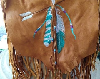 Tan  Deerskin Purse, Hip Bag ,Shoulder Purse With Fringe. Embroidered feathers and arrow