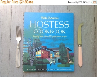 30% Off Favorite Mid Century Cookbook, Ranch House, Hostess, Color Photos, Handwritten Note, MCM Library, Kitchen Decor, Display, Collection