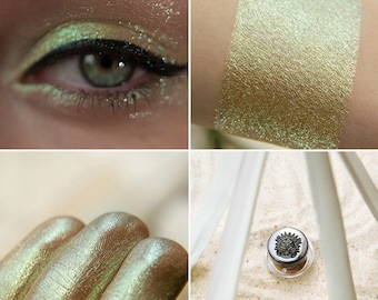 Eyeshadow: Irresistible - Mermaid.  Light green-blue shimmering eyeshadow by SIGIL inspired.