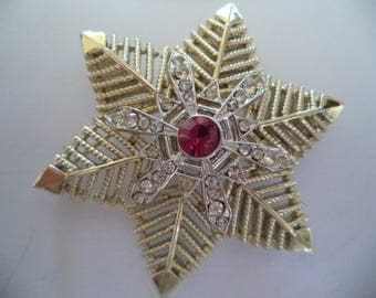 Vintage Signed Coro Goldtone/Silvertone Star Snowflake Brooch/Pin