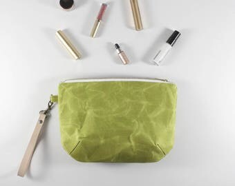 Every Day Purse, Waxed Canvas Clutch, Gifts for Her, Minimalist, Makeup Bag, Toiletry Bag, Zipper Pouch, Clutch Purse, Zipper Bag