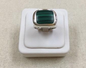 Vintage  925 Sterling Silver Man's Malachite Ring!!! Size 12
