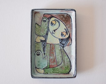 Collectible! Marianne Starck for Michael Andersen & Son - dish / wall tile - Girl with Birds - Persia glaze - Danish mid century