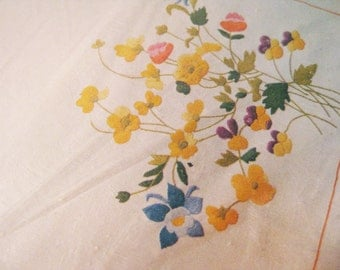 "Floral Table Runner Crewel Kit Flowers Tablecloth Butterflies 33"" x 17"" - Edged and Ready"