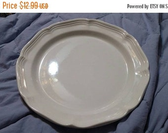 on sale mikasa french countryside white 105 inch dinnerchop plate with ruffled edge bowl