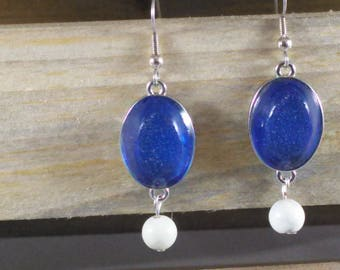 Blue pendant earrings with howlite bead