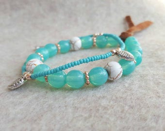 Turquoise bracelet set, leaves, leather.