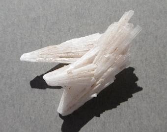 Scolecite Crystal Mineral Specimen (40X20X10)