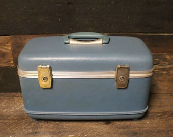 Light Blue Train Case by Amcrest, Hard Sided Travel Case, Vintage Travel Case