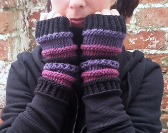 Knit fingerless gloves , knit gloves , Knit arm warmers , wrist warmers . Womens gloves . Festival gloves. Gift for her
