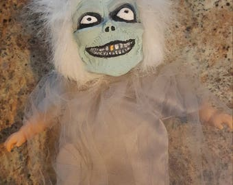 Hatbox Ghost baby doll