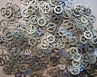 Set of 40 Random Pick Up Brass Gears / Watch Clock parts / Clock Watch balance gears / different size brass gears / steampunk art supply