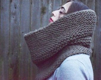 THE MARGEAUX \\ Big Chunky Hand Knit Cowl \\ Winter Accessory \\ Oversized Infinity Scarf \\ Thick Neckwarmer \\ Made To Order
