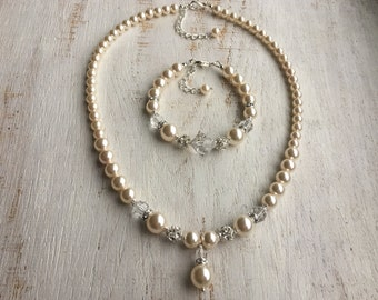 Pearl Drop Necklace Pearl Necklace Set Pearl and Crystal Necklace Bridal Pearl Necklace Wedding Pearl Necklace and Earring Set