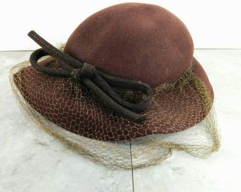 SALE! Vintage Belvedere Brown Womans 100% Wool Hat with Bow and Mesh - 1940s - Henry Pollak