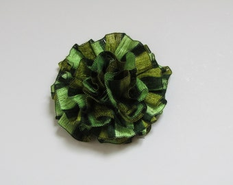 Flower Brooch, Crochet flower pin,  Scarf pin, Lapel pin, Hat brooch, Fashion, Brooches, Mother's Day gift, gift for her, Christmas gifts