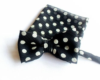 bow, bow-tie, pocket square, set with blach and white dots