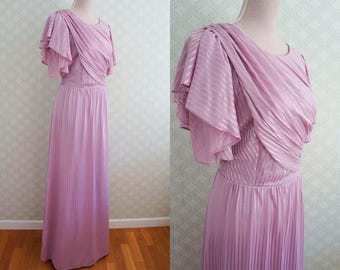Romantic Lavender Vintage Party Maxi Dress. Butterfly Ruffled sleeve. Overlay top. Medium Size.