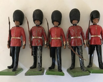 Vintage (5)  Lead Figurines Palace Guards Soldiers from Britain LTD England- Older Version- Toy Train Figures