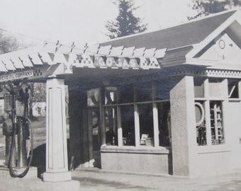 Quaint 1920's Hawkeye Oil Company Gas Station Snapshot Photo - Free Shipping