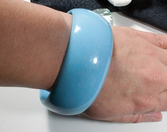 Vintage bracelet, light blue, 70s, 80s