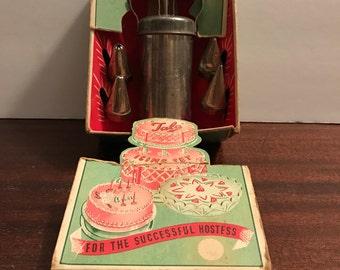Vintage Talo icing set.