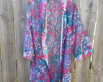 90's Floral One Size Fits All Kimono
