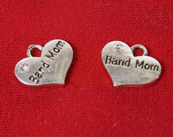 "BULK! 15pc ""Band Mom"" charms in antique silver style (BC1142B)"