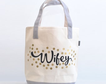 Personalized Bride Tote Bag, Wifey Party Tote, Wedding Party Tote, Bridesmaid Gift, , Monogrammed Gold tote, Gold Party tote
