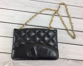 Vintage Black Leather Quilted Purse Bag Gold Chain Soft Crouch Fitzgerald NY