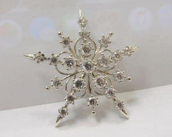 925 Sterling Silver Cubic Zirconium Snowflake Brooch W #732