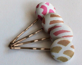 H A N D M A D E  Fabric covered button bobby pins.