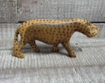 Vintage Cheetah / Leopard Figurine