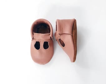 t-straps / soft soled shoes / baby moccasins moccs/ loafers / rose